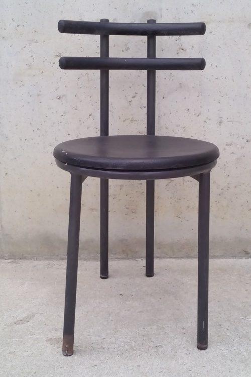 Cadira negra anys 80