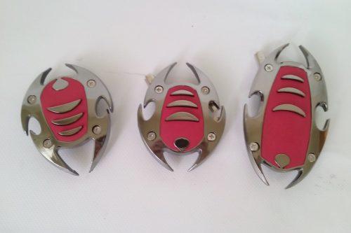 Pedals antilliscants per a cotxes