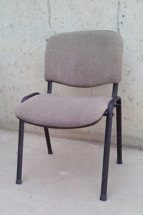 Cadira apilable marró