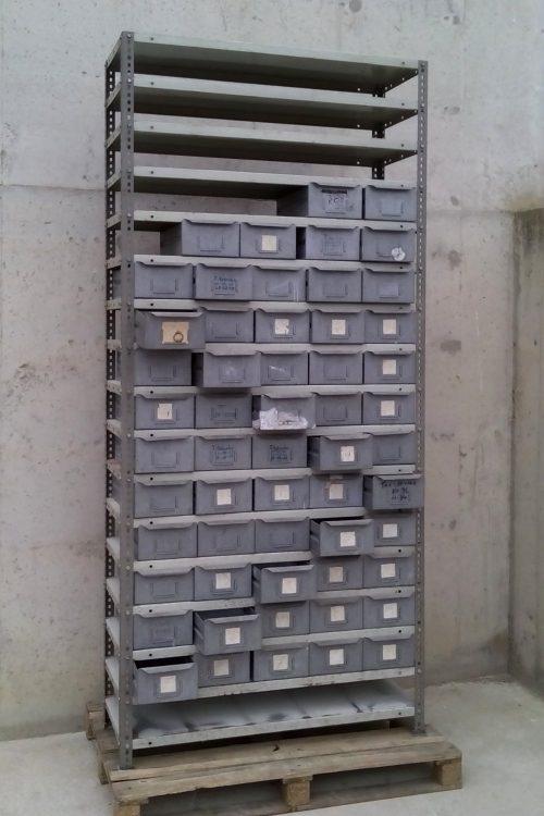 Empostada modular calaixos metàl·lics 110x40x250cm