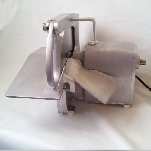 Màquina per a tallar peix congelat