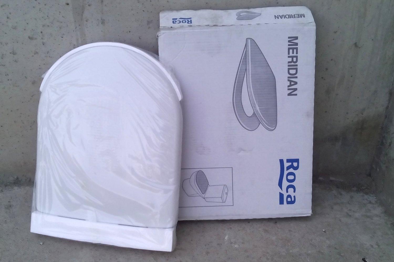 Tapa sanitari roca meridian for Wc roca meridian