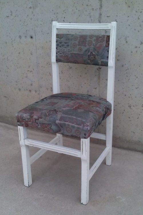 Cadira blanca anys 70