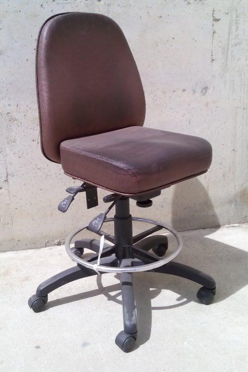 Cadira d'oficina de polipell