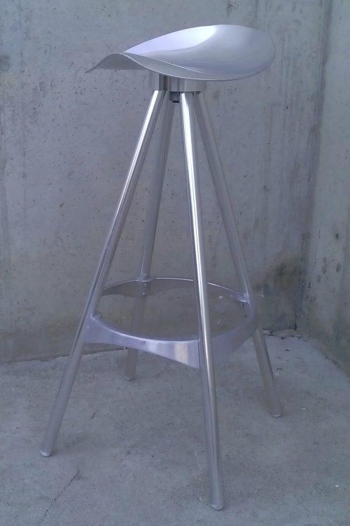 Tamboret d'alumini de segona mà