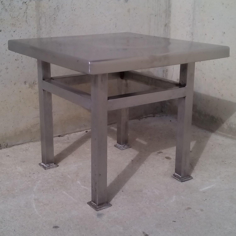 Mesa cuadrada de acero inoxidable de 61x61cm cabau for Mesa inoxidable segunda mano