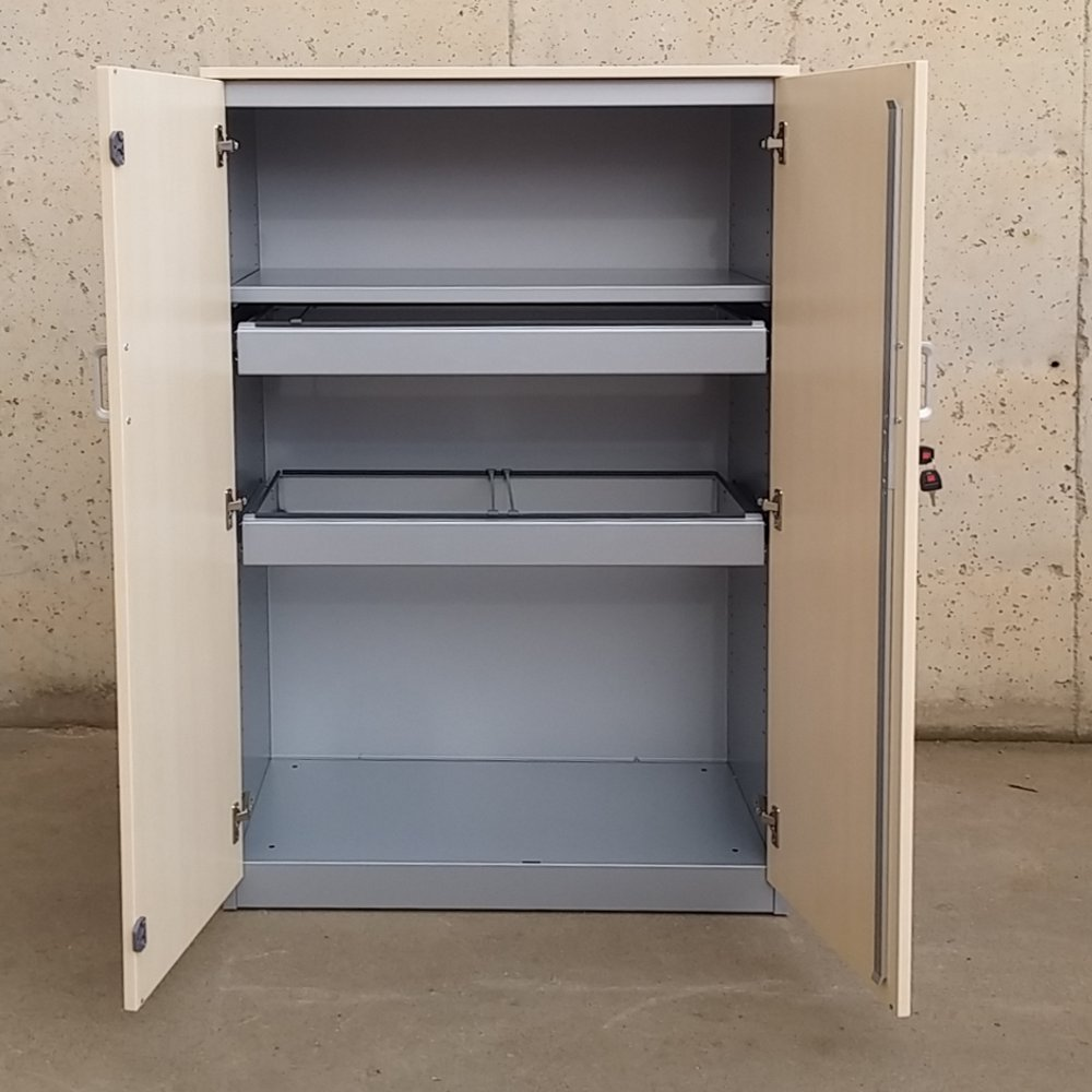 Armario archivador para oficina cabau oportunitats for Archivadores metalicos segunda mano