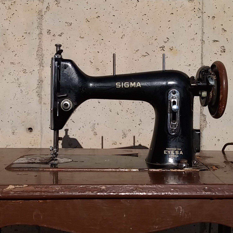 Máquina de coser SIGMA antigua - Cabau Oportunitats