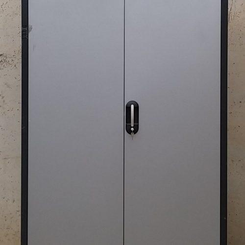 Armari metàl·lic de 120x50x195cm d'ocasió a cabauoportunitats.com
