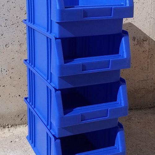 Lot de 10 caixes apilable de 21x33x15cm noves a cabauoportunitats.com