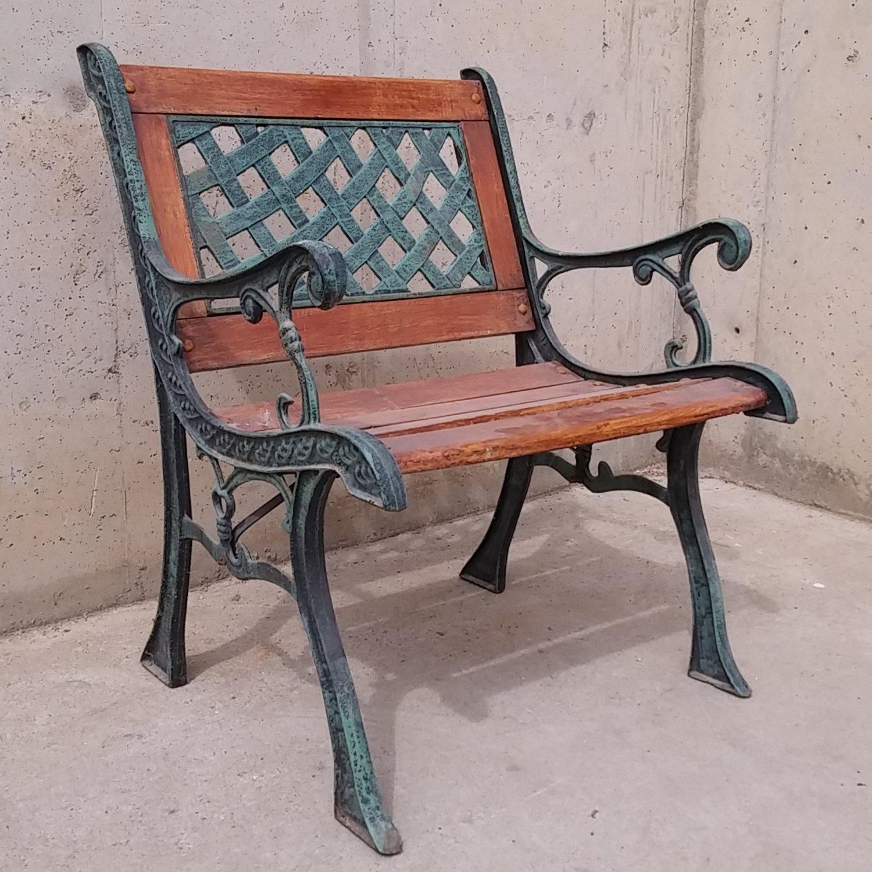 Mesa y sillones para terraza y jard n cabau oportunitats for Sillones de jardin