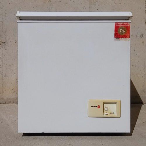 Congelador FAGOR (173 litres) de segona mà a cabauoportunitats.com