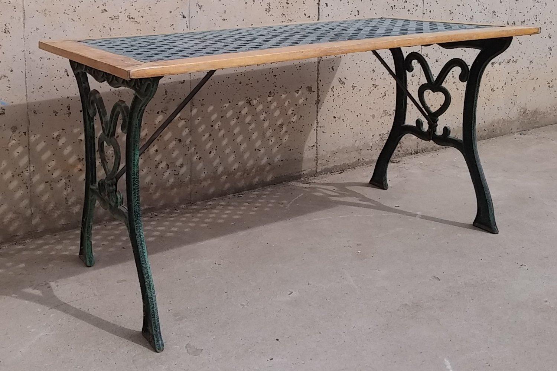 Mesa y sillones para terraza y jard n cabau oportunitats for Mobiliario terraza jardin
