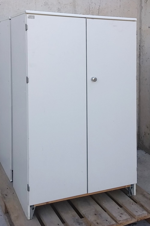 Armari blanco 79x47x140cm de ocasión en cabauoportunitats.com