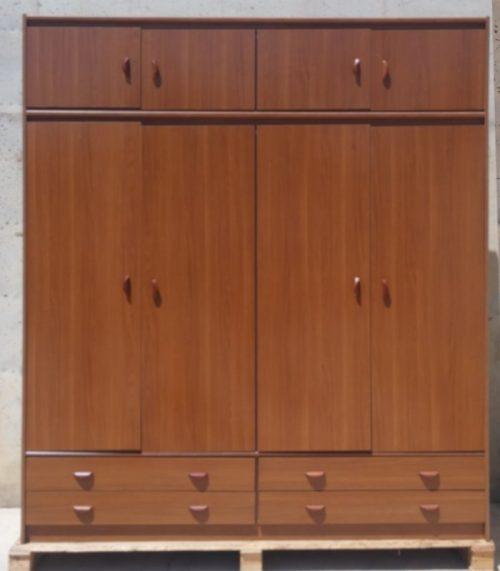 Armario de melamina para habitación 206x59x243cm en cabauoportunitats.com