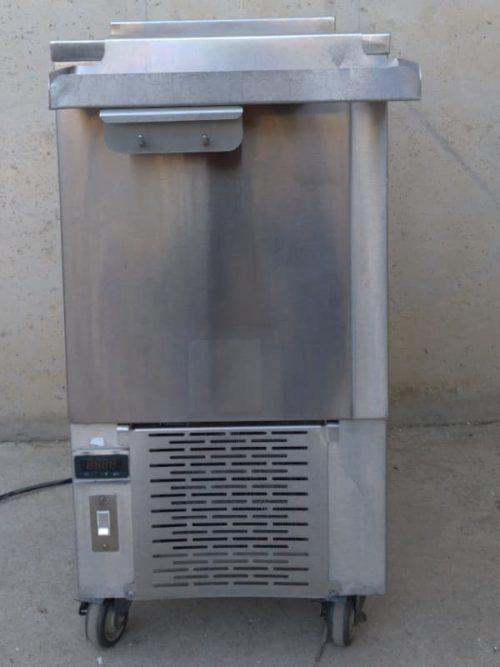 Congelador d'acer inoxidable 45x73x91cm de segona mà a cabauoportunitats.com Balaguer - Lleida - Catalunya