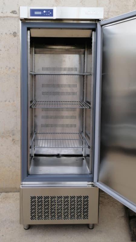 Armari fred INFRICO d'acer inoxidable 500 litres de segona mà a cabauoportunitats.com Balaguer - Lleida - Catalunya