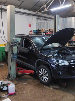 Elevador de cotxes ISTOBAL de 4200 kg de segona mà a cabauoportunitats.com Balaguer - Lleida - Catalunya