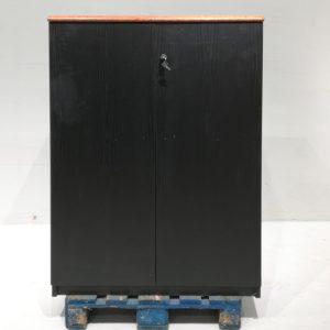 Armari negre de melamina de 94x55x135cm de segona mà en venda a cabauoportunitats.com Balaguer - Lleida - Catalunya