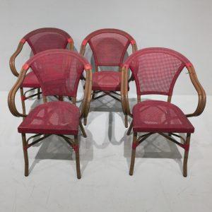 Lote de 4 sillas de terraza apilables en venta en cabauoportunitats.com